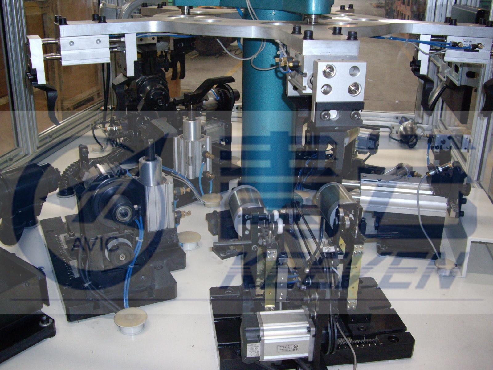 五工位卧式全自动平衡机s