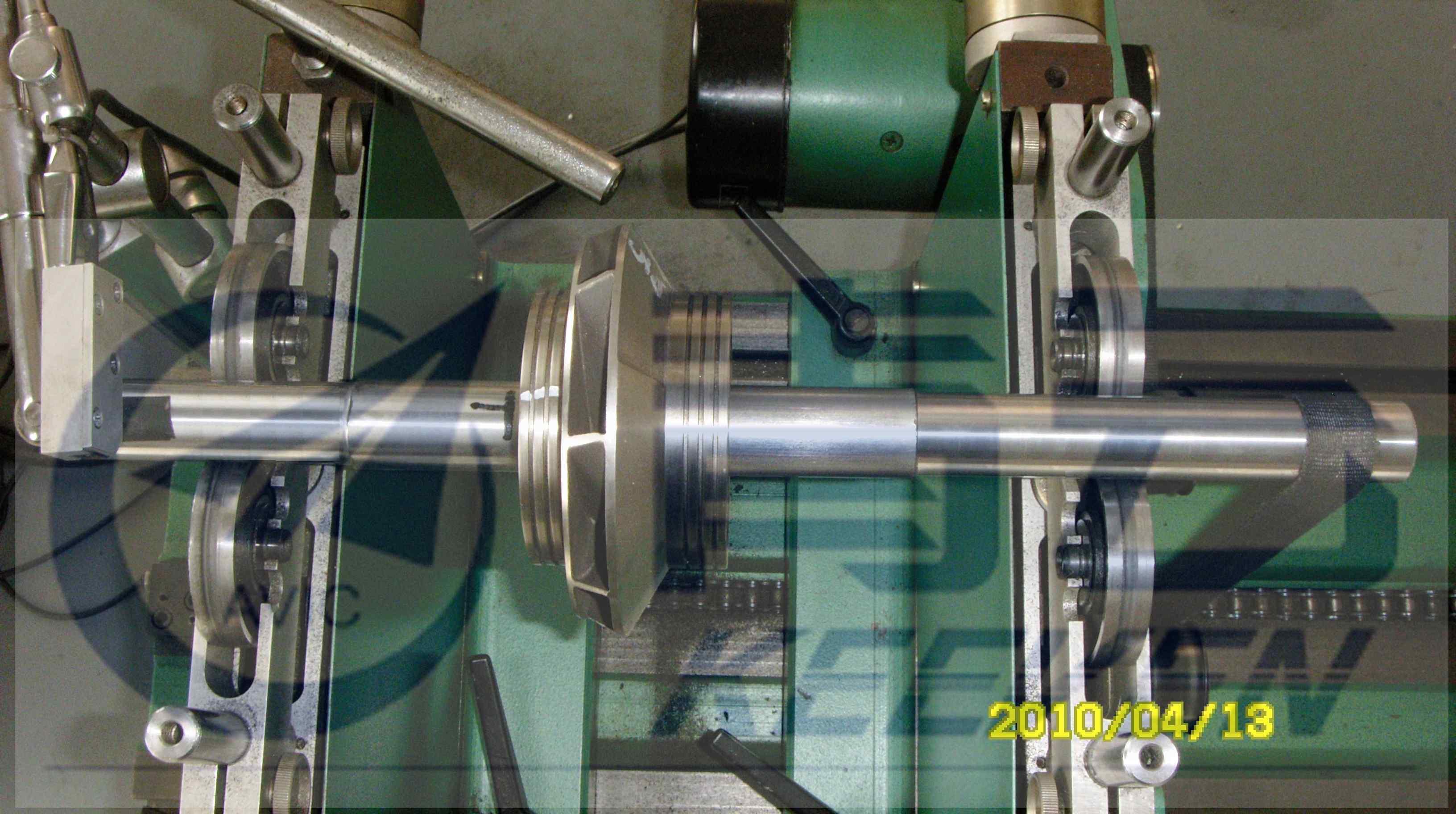 轻型卧式平衡机(圈带驱动s)